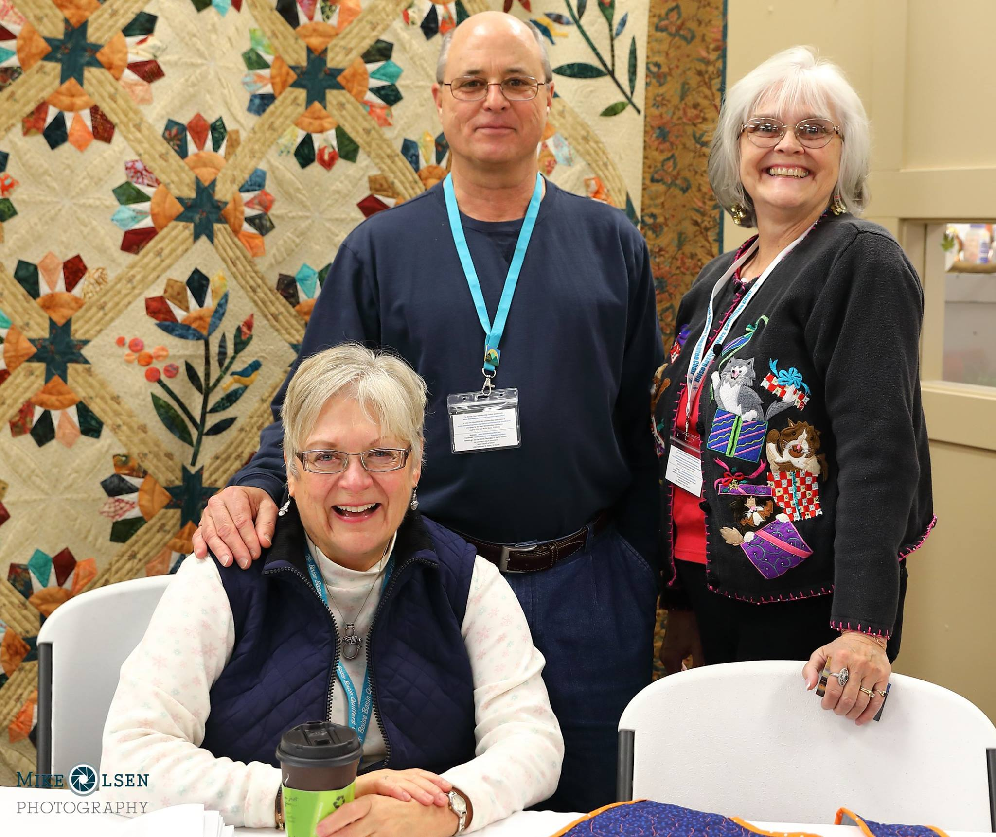 quilt exhibit volunteers