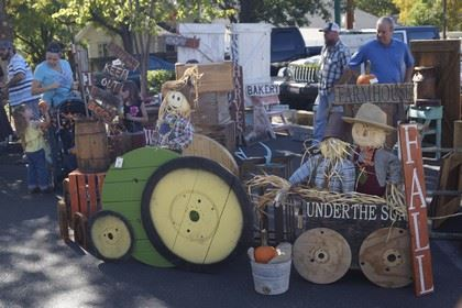 Straw People in a Tractor and Wagon Decor